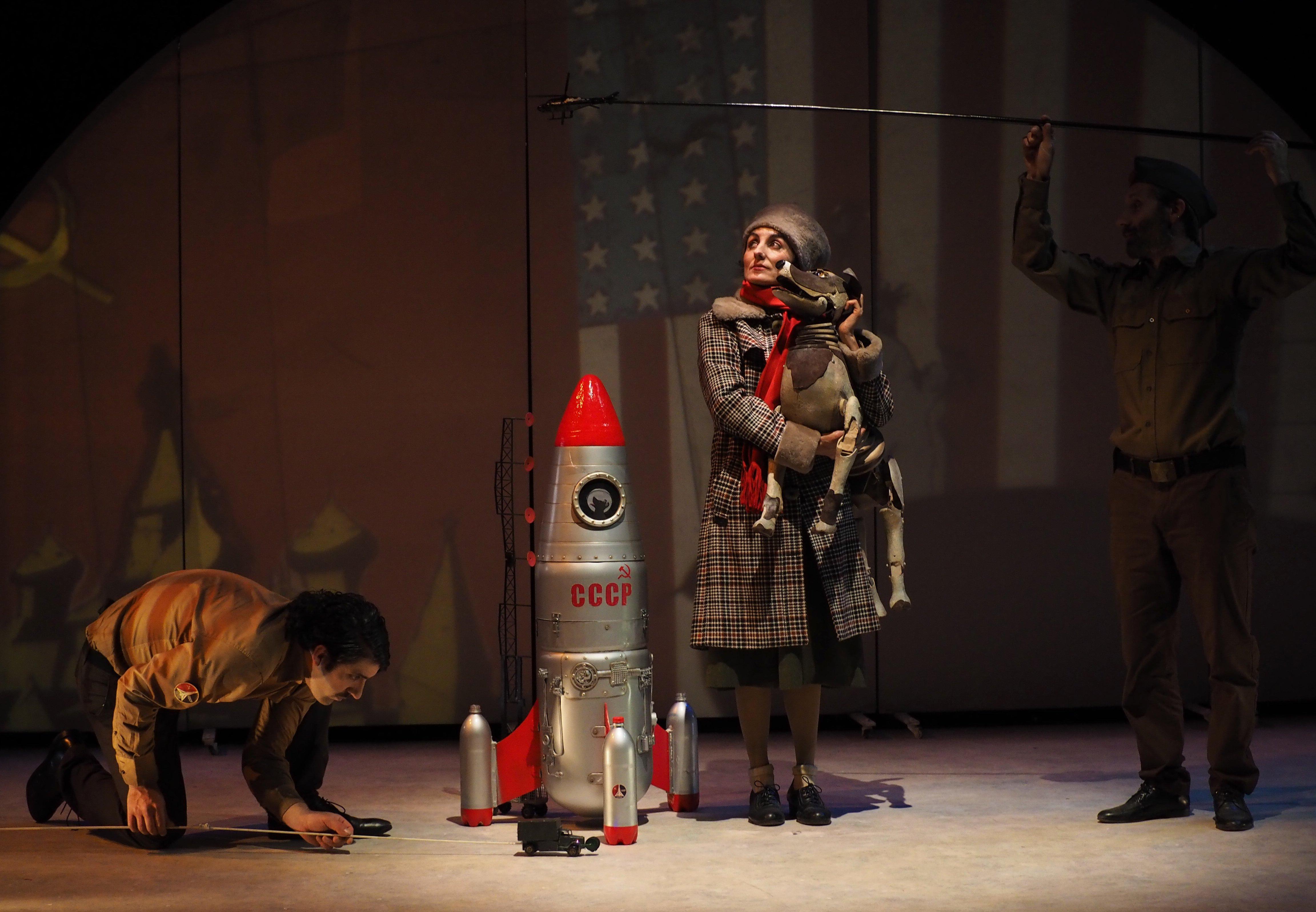 """""""Laika"""" – teatre per a xics amb Xarxa"""